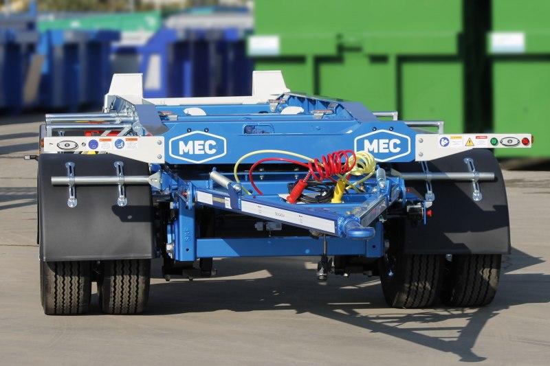 Rimorchio MEC per trasporto di carrozzerie scarrabili